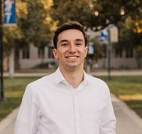 @UCDavisEcon major Tomer Fidelman honored with Chancellor's Award for undergraduate research